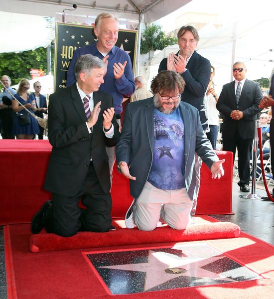 Leron+Gubler+Jack+Black+Honored+Star+Hollywood+0eJJYnFi6g2l.jpg
