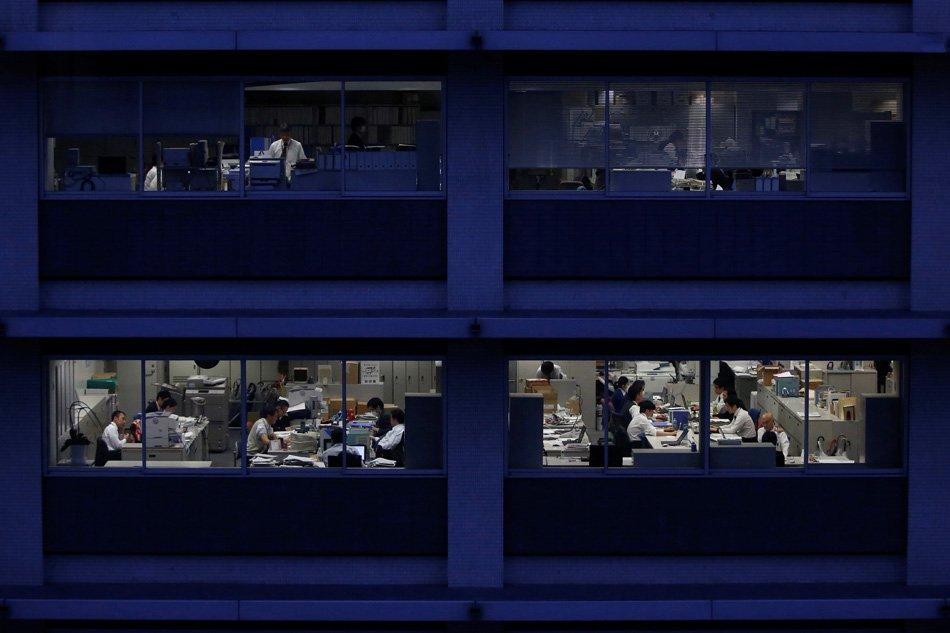 20190528-office-worker-jp.jpg