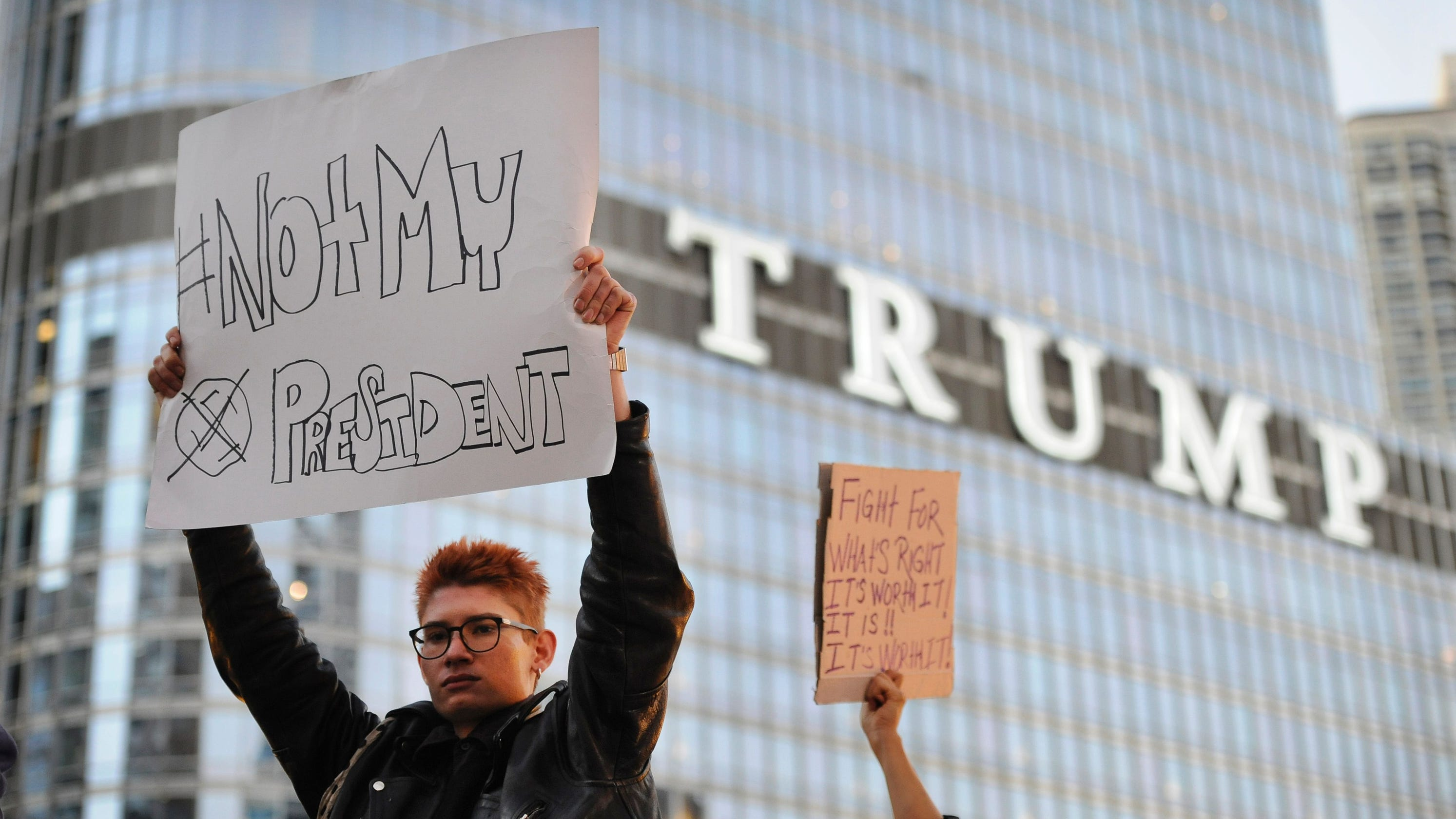 donald-trump-is-visiting-chicago-a-city-hes-called-a-war-zone-but-whats-really-true-about-guns-there.jpg