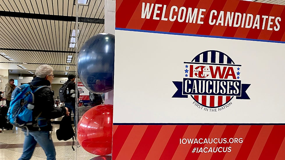 iowa_caucus_dems_012920gn_lead.jpg