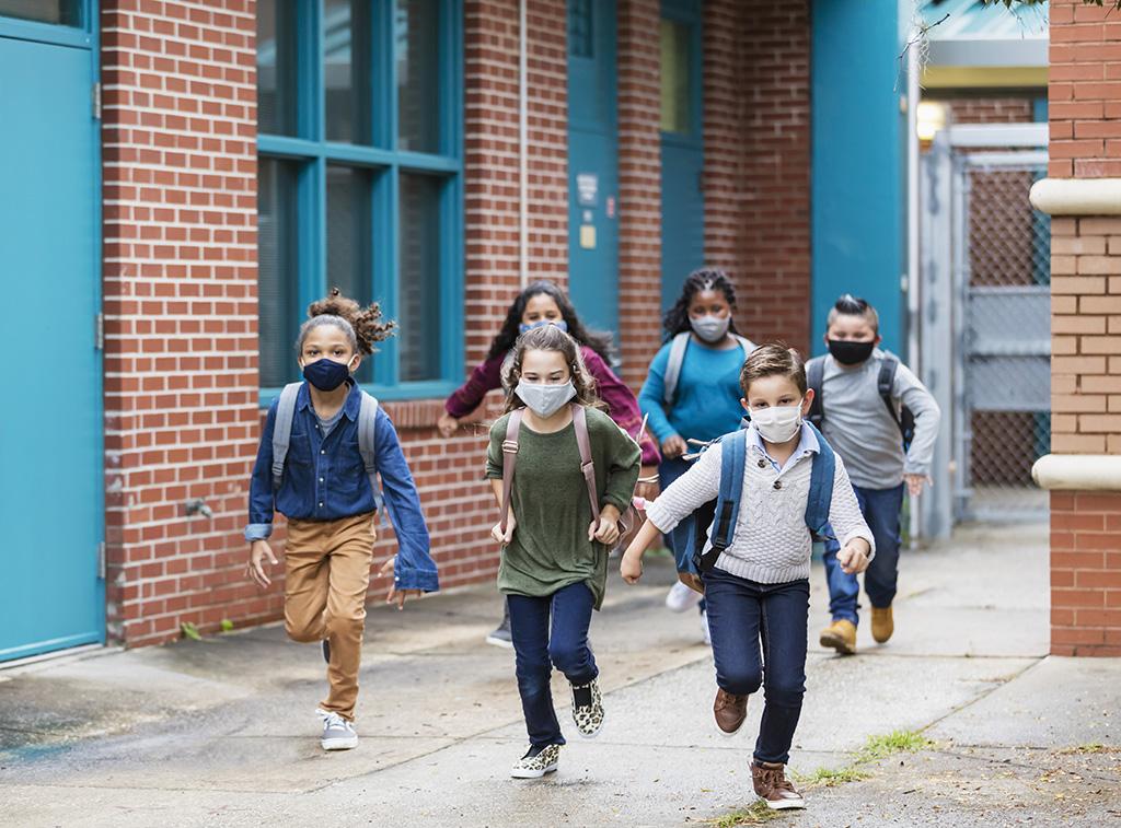 students-backpacks-masks_1024x757.jpg