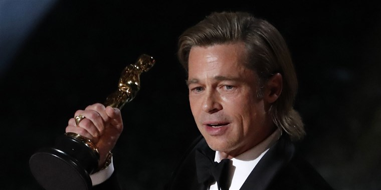 brad-pitt-oscars-2020-speech-today-main-200209_567edeefc7b80e4ccd54329071511288.fit-760w.jpg